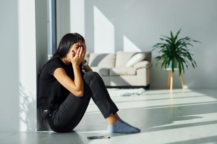 femme harcelée stress